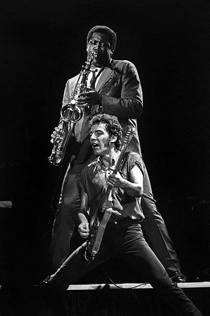 bruce springsteen rock OAKLAND, UNITED STATES - OCTOBER 28: Bruce Springsteen and Clarence Clemons performing with the E Street Band at the Oakland Coliseum on October 28 1980 (Photo by Clayton Call/Redferns)